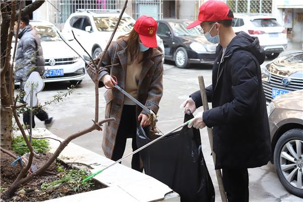 市应急管理局开展春节期间志愿服务关爱活动