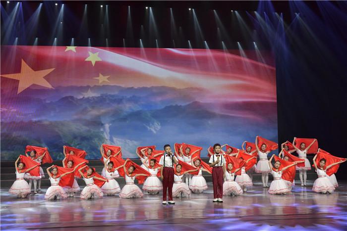 五峰举行红色诗歌诵读大赛庆祝建党100周年
